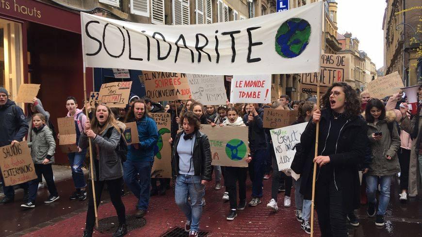 """Du 19 au 24 avril, """"Occupons la démocratie"""",  sur les places de Metz avec les Youth For Climate"""